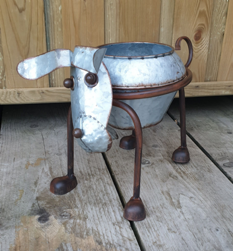 Nodding head and tail Dog Planter